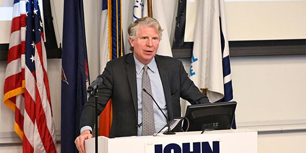 Manhattan District Attorney Cyrus Vance