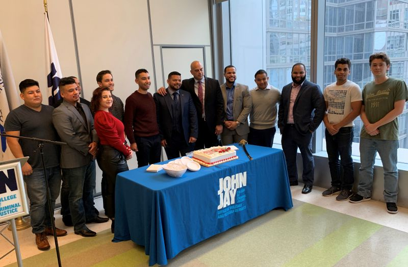 John Jay veterans celebrate Thanksgiving in the Veterans' Lounge