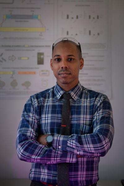 Professor Jason Rauceo