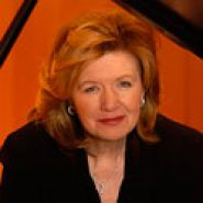 Caroline Stoessinger