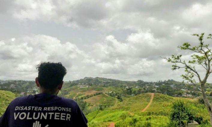 Estudiantes de John Jay's CUNY Service Corps Se Ofrecen Como Voluntarios En Viaje De Alivio A Puerto Rico