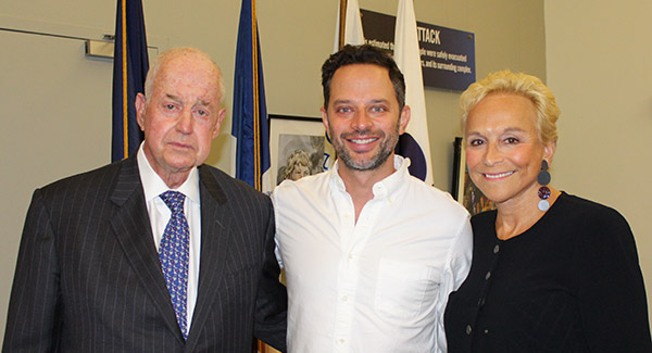 Jules Kroll, with son Nick Kroll and wife Lynn Kroll