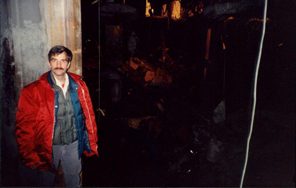 FDNY Fire Marshal Ronald P. Bucca investigating the 1993 World Trade Center bombing