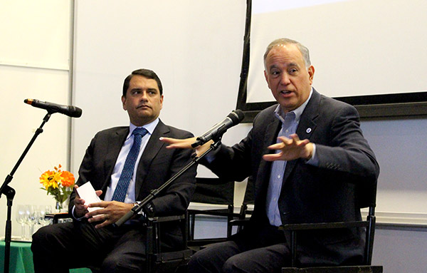 left to right) Executive Vice Chancellor and University Provost José Luis Cruz and Chancellor Matos Rodríguez