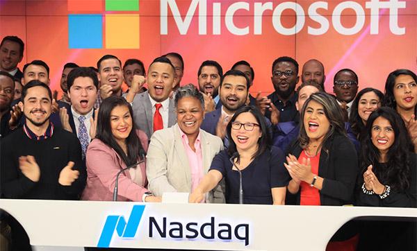 John Jay Students and Dreamers at NASDAQ
